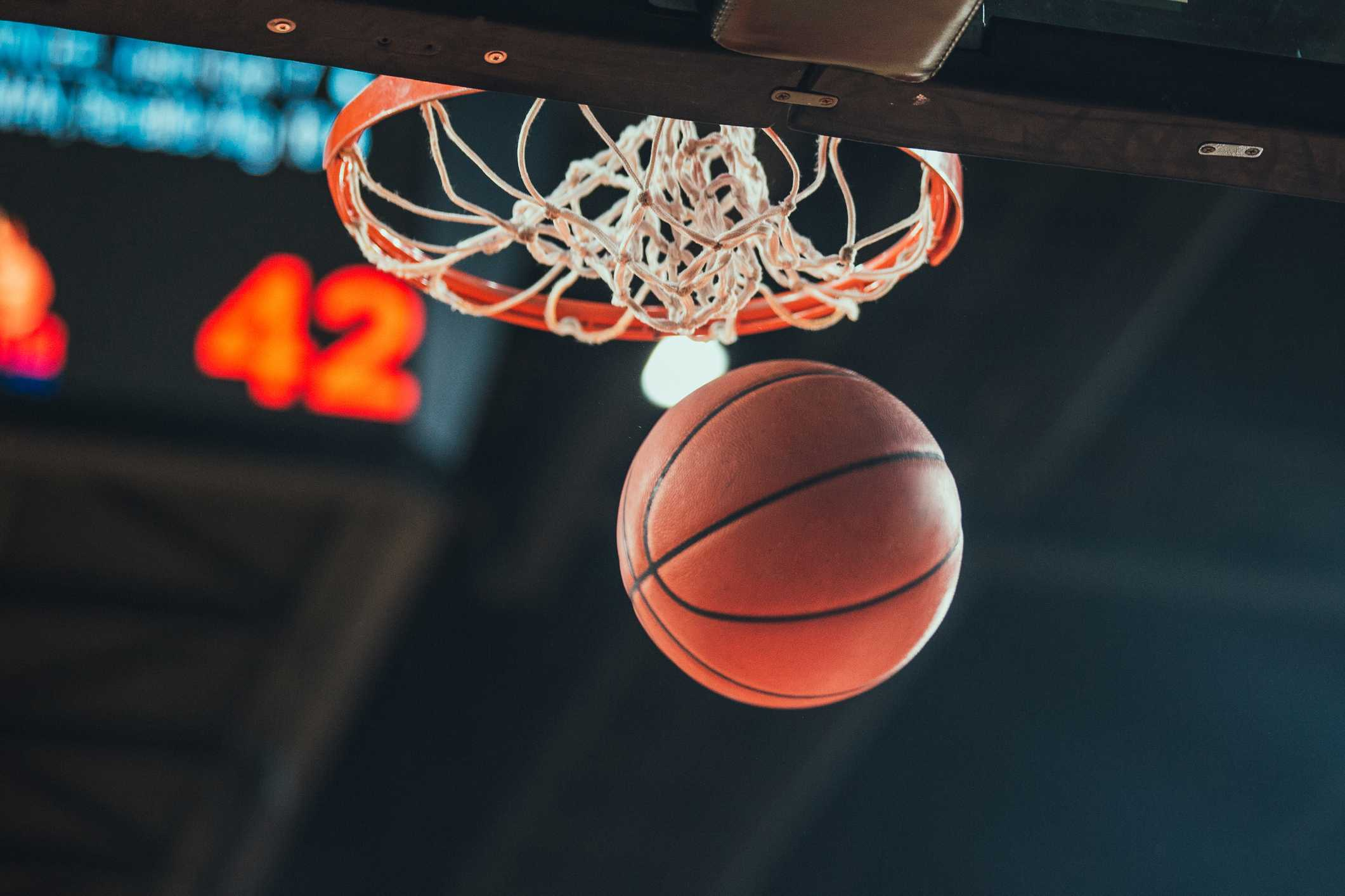 Playing Basketball - Diabetes and Sport